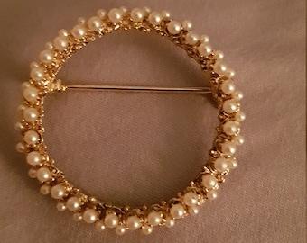 Vintage Seed Pearls Brooch Gold tone Round