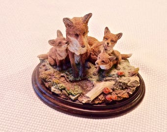 Fox Family, beautiful handcrafted and hand painted by Artist in England. Realistic wildlife sculpture.