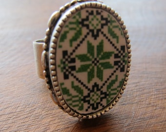 Old Tile Ring -  Green Ethnic Cross Embroidery