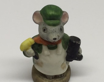 Russ Figurine SHOEMAKER  Lil' Mouse Town Porcelain Miniature Occupation Mice