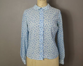 60s blue and white blouse with Peter Pan collar / round collar blouse / retro 60s work blouse / vintage women's shirt / 1960s style / UK 10