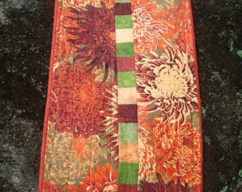 Fall Chrysanthemum Quilted Table Runner