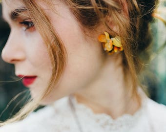 Ochre autumn flower earrings Clip on earrings Autumn style Wedding accessories Jewellery Floral earrings Magaela Handmade product