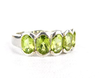 Vintage Sterling Silver Peridot Ring - 2 Total Carats Oval Faceted Peridot - Green Apple - August Birthstone - Size 5.5 - Signed Taiwan