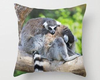 Photo Pillow cover Throw pillow Cushion covers Pillow case Accent Couch pillow Decorative pillows Animal Photo Lemur 16x16 18x18 20x20