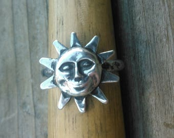 Sterlng Silver Sun Ring