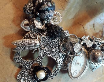 Gothic steampunk funky style - Vintage Pieces ReCreation ~ Assemblage Bib Necklace