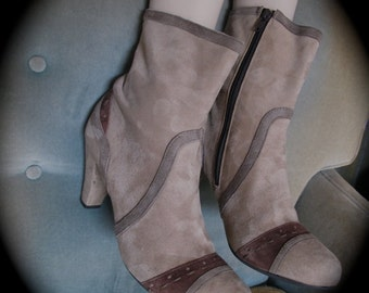 Vintage Suede Boots, Pratesi  90s Heeled Boots, Size 10 Calf Boots,  Hipster urban, boho zipper boots, Mod Style Boots,  Italian Suede Boots