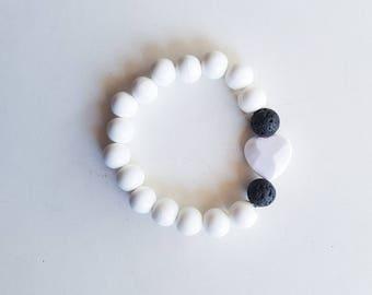 Heart pendant diffuser bracelet