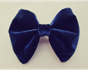Luxe Velvet Hair Bow in Midnight Blue - French Barrette, Big Velvet Hair Bow, Great Holiday Gift Idea, Navy Blue