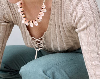 Bora Bora / ivory pearls and vintage Pink mother of Pearl shell necklace / Choker