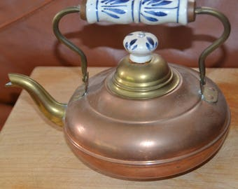 ANTIQUE COPPER TEAPOT.. Blue & White Ceramic Handle and Knob..Made in Holland.Brass Handle,Top, Spout..Exc. Vintage Cond.
