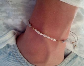 Freshwater pearl bracelet, minimalist bracelet, bridesmaid gift bracelet