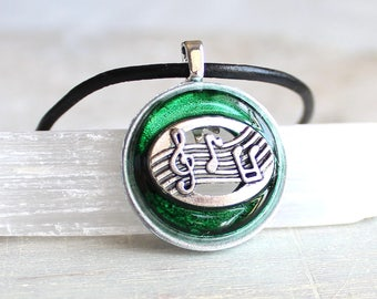 forest green music necklace, musical jewelry, musical note, music melody, musician gift, music lover, mens jewelry, mens necklace