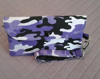 Purple camo smartphone wallet.