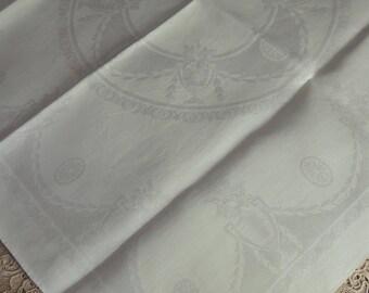 8 White Damask Napkins / Large White Damask Dinner Napkins / Vintage Irish Linen Napkins / Damask Dinner Napkins / Large Damask Lapkins