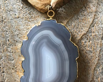 Gorgeous agate slice pendant and picture jasper statement necklace
