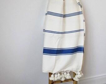 Moroccan Cotton Pom Pom Blanket - Natural / Blue
