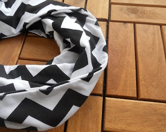 Black and White Chevron Infinity Scarf/ Infinity Scarf