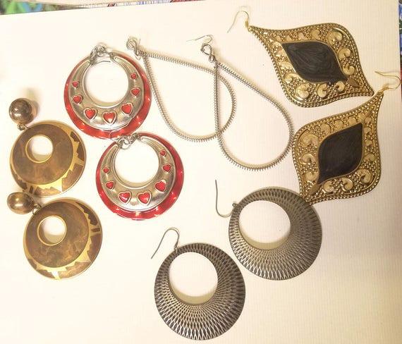 large vintage metal big hoops teardrops earrings lot 5 pairs dangles red silver gold jewelry