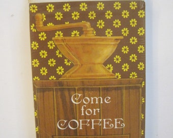 8 Coffee Invitations, Hallmark, Vintage, 1970's, Cards with Envelopes, Original Package, Coffee Grinder, Daisies