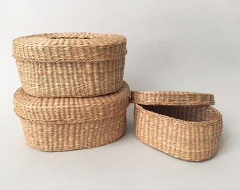 Vintage Set of 3 Nesting Baskets/Containers