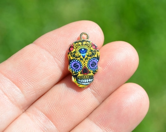 1 Gold Plated and Enamel Sugar Skull Charm GC3602