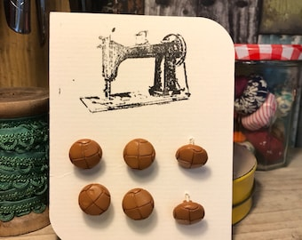 Retro brown buttons