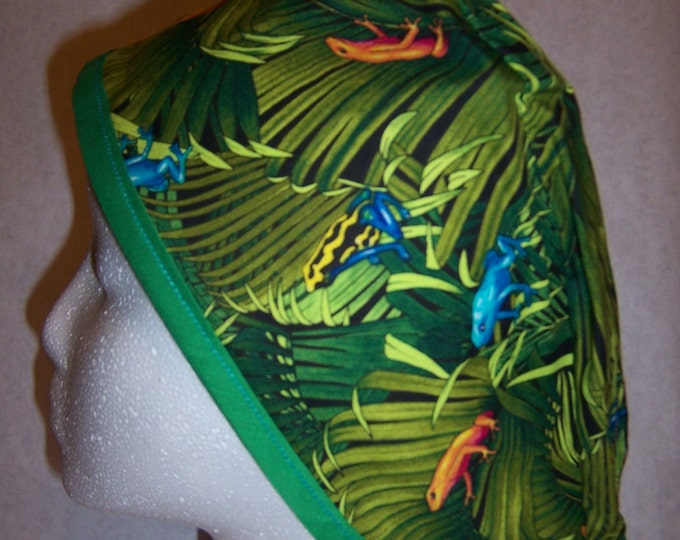 Tropical frogs and foliage printed surgical cap