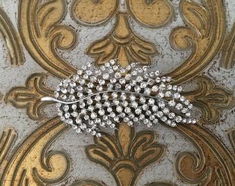 Rhinestone Feather Brooch.Crystal Feather brooch.Feather Pin.Silver Brooch.Vintage Style.Bridal sash pin.broach.Boho brooch.bride.wedding