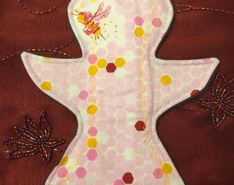 """9"""" Bird Reusable Cloth Pad - moderate absorbency - WindPro - Honeycomb"""