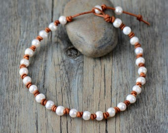 Genuine Freshwater Pearl Choker Necklace Leather knotted wrap bracelet cream