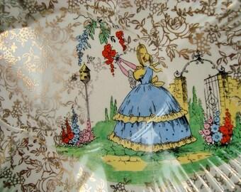 Crinoline lady shallow dish Empire England