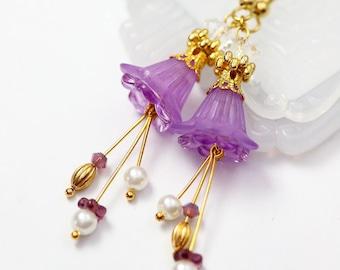 Purple Flower Earrings, Lavender Earrings, Long Purple Earrings, Lucite Flower Earrings, Petunia Earrings, Bridesmaids Gift, Bridal Showers