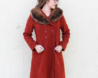 Vintage 1960's / 1970's does 1920's Burnt Orange Coat w/ Fur Collar // Swing Coat // Jacket by Montgomery Ward size small