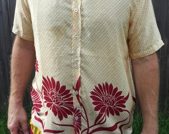 Men's Handmade Sari Silk Short Sleeve Button Down Casual Shirt - Ivory with Burgundy Floral Border - Size Large - Sigge H831