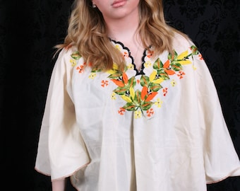 vintage Mexican Embroidered FLORAL BATWING BLOUSE top shirt tourist festival