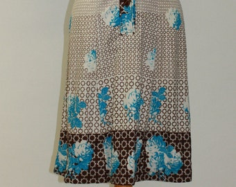 Geometric and Blue Bloom 70's vintage button up dress