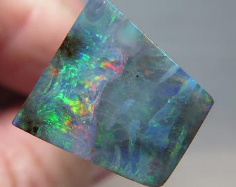A nicely patterned Boulder Opal from the opalfields of Queensland