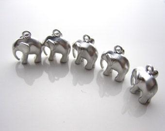 Elephant pendant charm, silver 3D elephant, good luck charm, elephant pendant, E-029