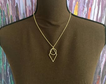 Diamond & Circle Necklace