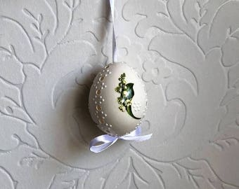 White Egg Madeira and Wax Decorated - Flower-Decoupage