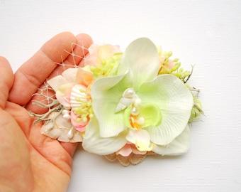 Green Peach White Bridal Orchids Hair Comb Clip, Beach Hawaiian Mermaid Weddings Hair Accessories, White Orchid Headpiece, Seashells Comb