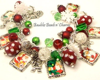 Santa Christmas Charm Bracelet Jewelry, Picture Charm Bracelet, Red Green White, Altered Art Charm Bracelet, Silver Plated, Adjustable