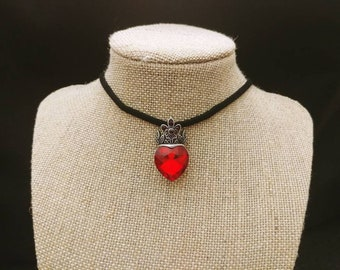Queen of Hearts Choker Necklace