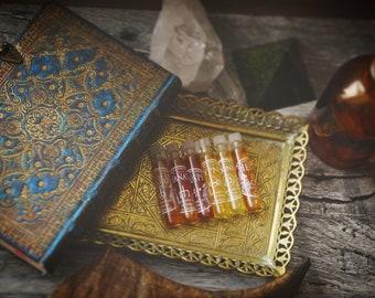 The Archetypes Sample set - Botanical Perfume SAMPLE SET, a collection of natural perfumes • Wichy perfume • Gothic perfume • Occult