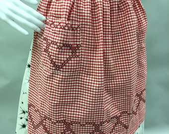 Red Gingham Vintage Apron with Heart Cross Stitch Patterns | Housewarming Gift | Hostess Apron | Picnic Apron