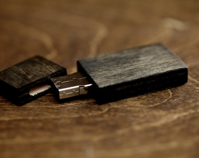 FAST USB 3.0 - 8gb-16gb-32gb wood USB 3.0 flash drive. Color Ebony