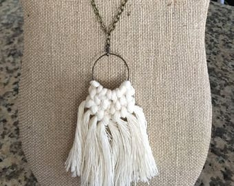 Boho macrame necklace