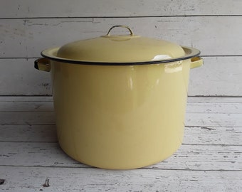 Vintage Lemon Butter yellow Enamel Stock Pot w/Lid- French Country Style - Vintage Kitchenware- Large Pan with Lid- County Cooking